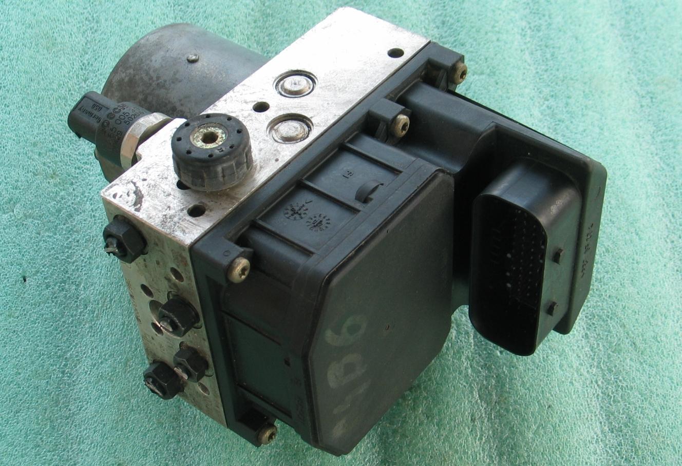 ABS Unit 8E0-614-517-A 0265225045 Bosch 0-265-950-012 Audi A4 S4